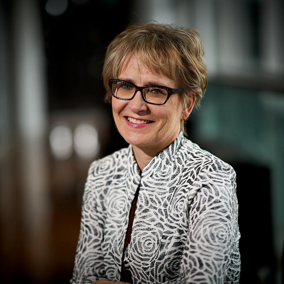 Maarika Paul, première vice-présidente et cheffe de la direction financière et des opérations à la Caisse de dépôt et placement du Québec, est la lauréate dans la catégorie «dirigeante financière ou dirigeant financier d'une grande entreprise».