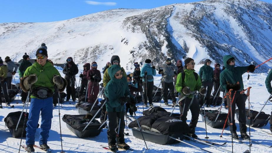 Le départ d'une expédition de ski de fond est toujours un moment excitant.