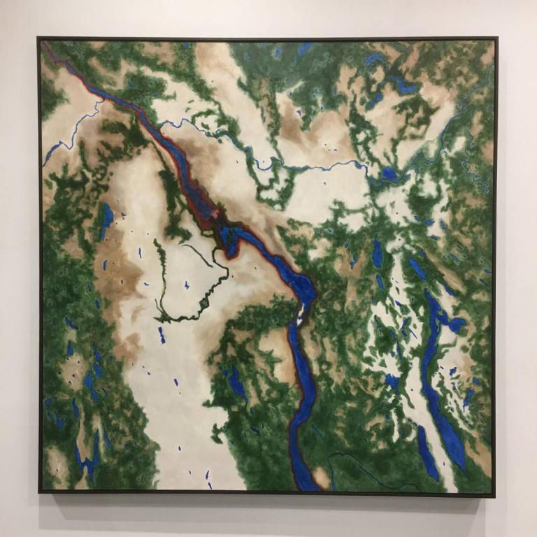 Land Water, 2018, MargaretOrr (Chisasibi First Nation), acrylique et huile sur toile, 152cmx152cm. Peinture exposée à la galerie d'art Stewart Hall.