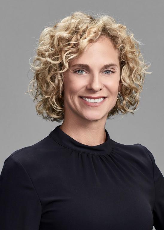 Ève Laurier, directrice générale chez Edelman Montréal, est finaliste pour le prix Leadership.