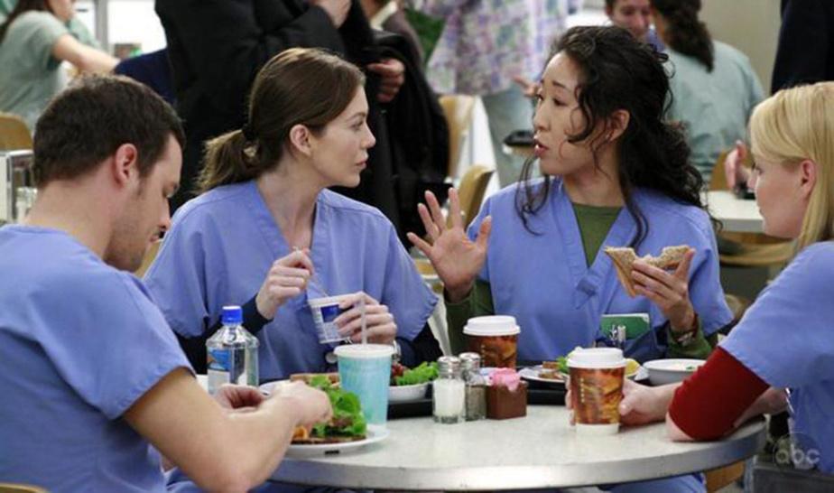 GREY'S ANATOMY  (Netflix et ABC) 10jours, 18heures et 43minutes La 16esaison de la série américaine se conclut dans deux semaines. Il est encore possible (quoique…) de se mettre à jour avant la pause estivale!