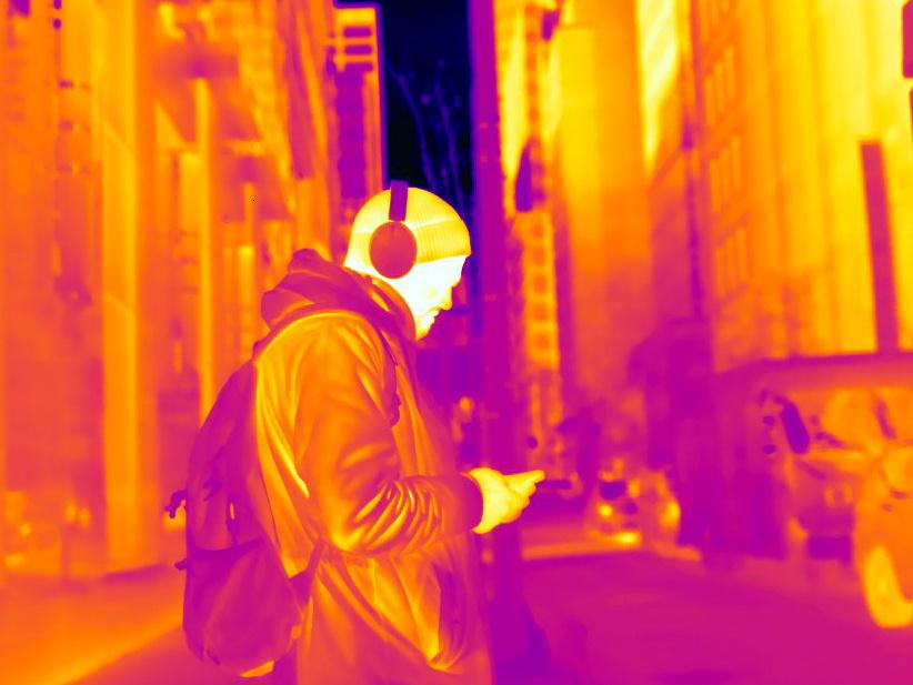 Ça n'étonnera personne: la tête est sans doute la partie du corps qui émet le plus de rayons infrarouges.