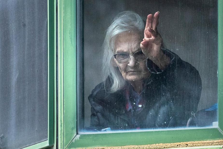 Au tristement célèbre CHSLD Herron, Jacqueline Sénéchal est confinée dans sa chambre.