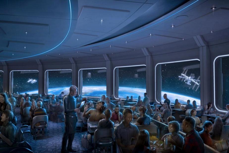 Le restaurant Space220, qui ouvre cet hiver en annexe à Mission: SPACE, proposera une expérience culinaire comme si l'on était en orbite à 350kmde la surface de la Terre, l'altitude même de la Station spatiale internationale.