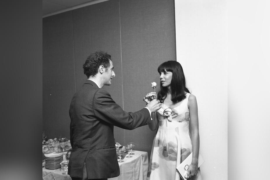 La chanteuse Renée Claude et Gilles Vigneault en août 1966