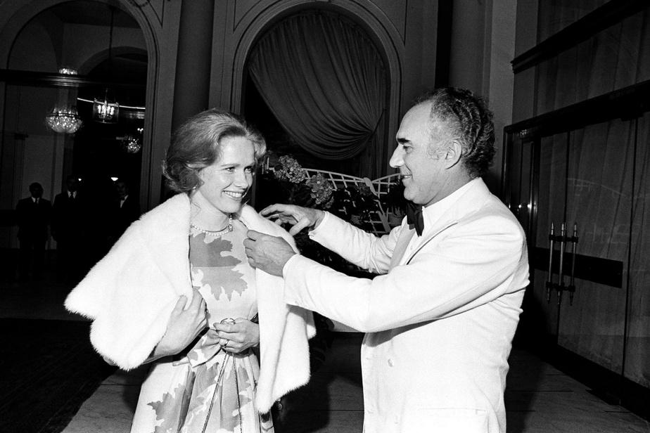 Michel Piccoli et l'actrice suédoise Liv Ullman au Festival de Cannes en mai1974