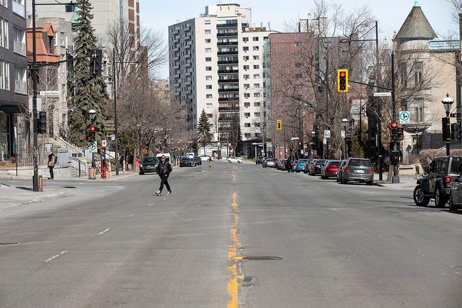 Depuis une semaine, les rues de Montréal sont visiblement moins achalandées.