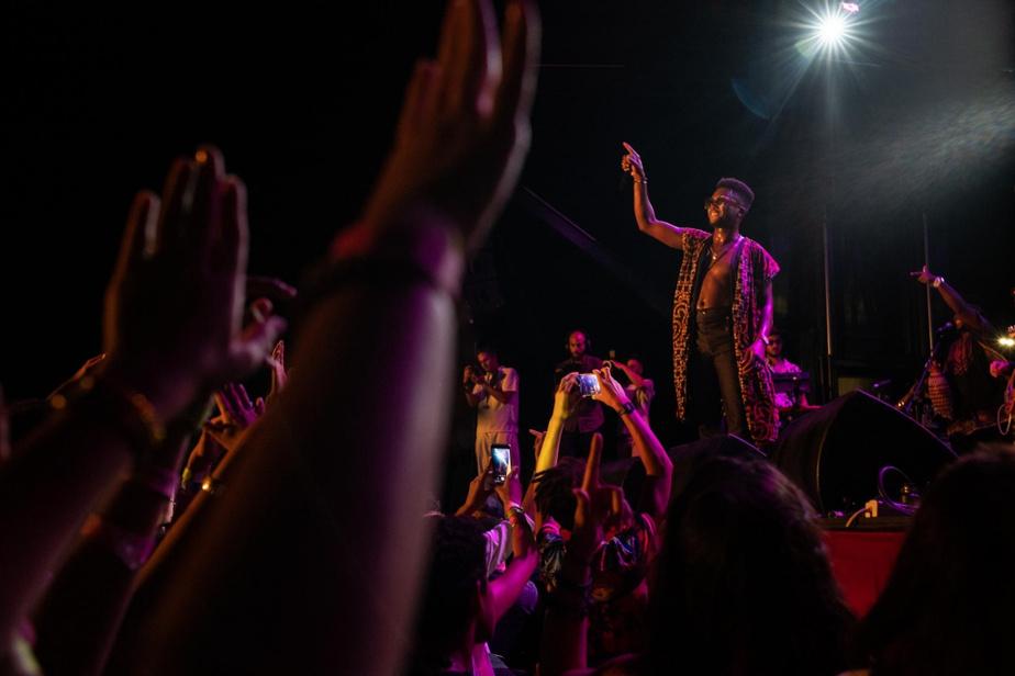 Le groupe a lancé l'album Terapia, en 2017. Les pièces Ponte Pa' Lo Tuyo et MeVoy ont remporté beaucoup de succès à Cuba et ont contribué à l'ascension de Cimafunk, qui s'est retrouvé dans la liste des 10artistes latinos à surveiller en 2019 de Billboard.