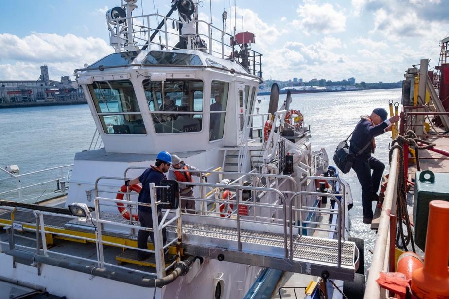 Le pilote du Saint-Laurent Sébastien Delisle agissait ce jour-là comme lamaneur du port de Québec, soit le responsable de la circulation et de l'amarrage des navires dans les limites du port.