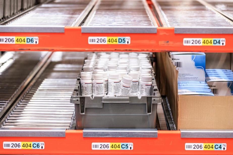 Certains médicaments ne valent que quelques sous, alors que d'autres peuvent atteindre 25000$ pour un tout petit pot de comprimés.