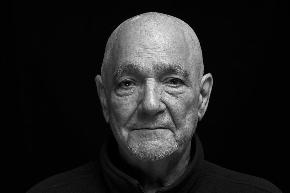 Joseph (Giuseppe) Martelli a eu 80ans en mars. Sa voix de ténor retentit souvent à l'improviste entre les murs de la Maison du Père. Il aime chanter des airs d'opéra.