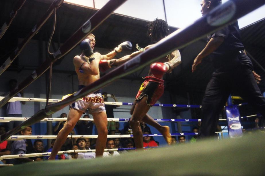 Les combattants venus d'Europe ou d'Amérique du Nord sont nombreux en Thaïlande. Il leur arrive souvent de s'affronter entre eux dans le cadre de galas.