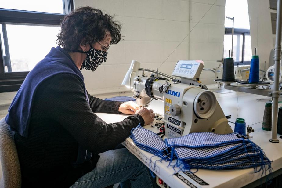 Grâce aux nouvelles chaînes de production, Jean-François Rochefort a pu réembaucher environ 75 de ses 104employés.