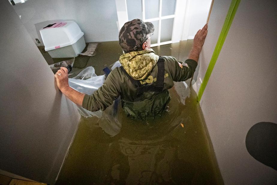 Le 27avril2019, la rupture soudaine de la digue a provoqué une crue des eaux qui a englouti, en moins de 45minutes, 2500propriétés sur son passage. Pas moins de 6000personnes ont dû être évacuées. Des mois ont été nécessaires pour ramasser les débris.