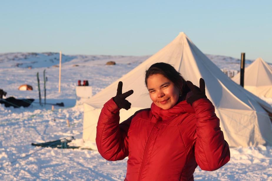 Le camping est quand même confortable lors des expéditions de ski de fond de Nurrait-Jeunes Karibus au Nunavik.