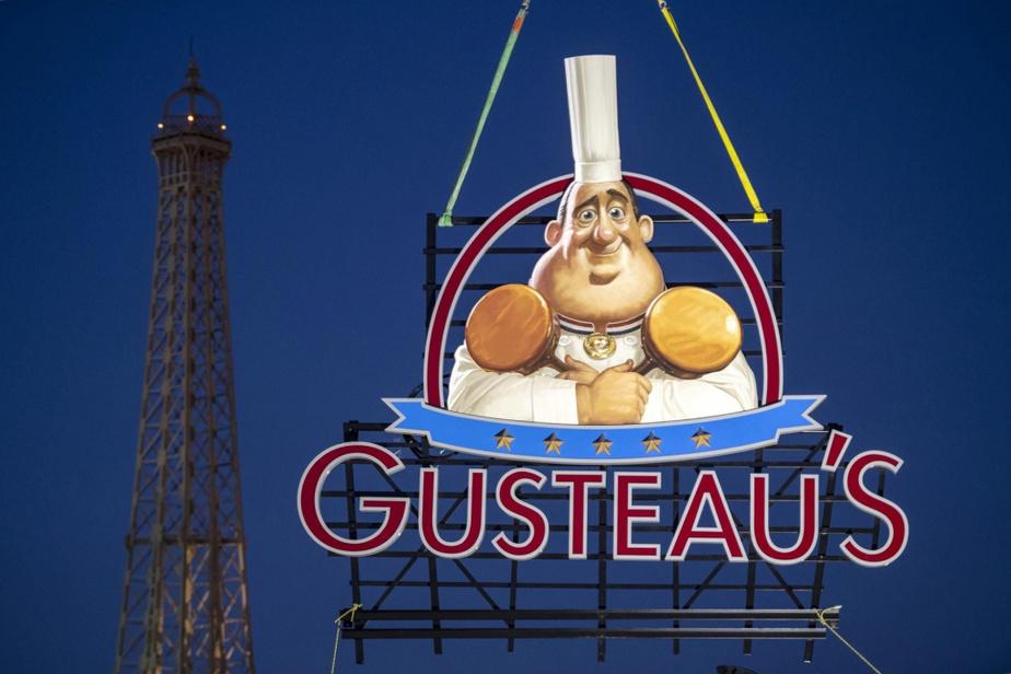 L'attraction Rémy's Ratatouille Adventure ouvrira au pavillon de la France à l'été2020. On peut toutefois déjà voir la fameuse enseigne du restaurant ChezGusteau, où le petit rat a commencé sa carrière culinaire en se cachant dans la toque de son ami Linguini.