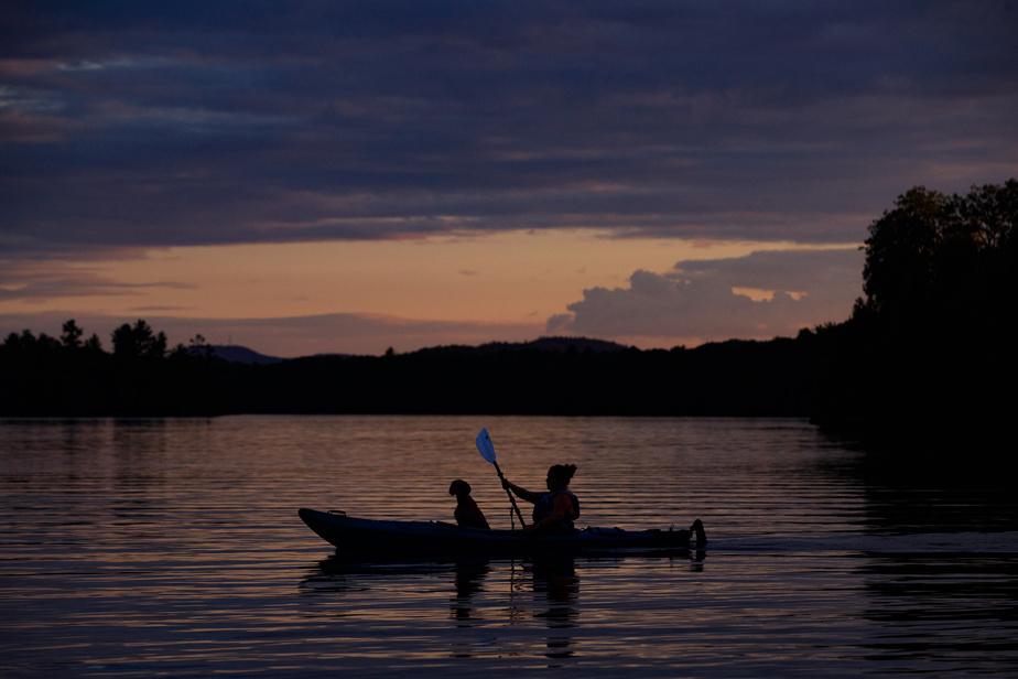 Sortie de kayak au crépuscule