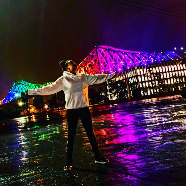 Le pont Jacques-Cartier est coloré, même en temps de pandémie. «Cette photo représente le chemin que les gens prennent chaque matin, explique Djélahni. Moi, habituellement, je prends toujours le même chemin pour aller à l'école.»