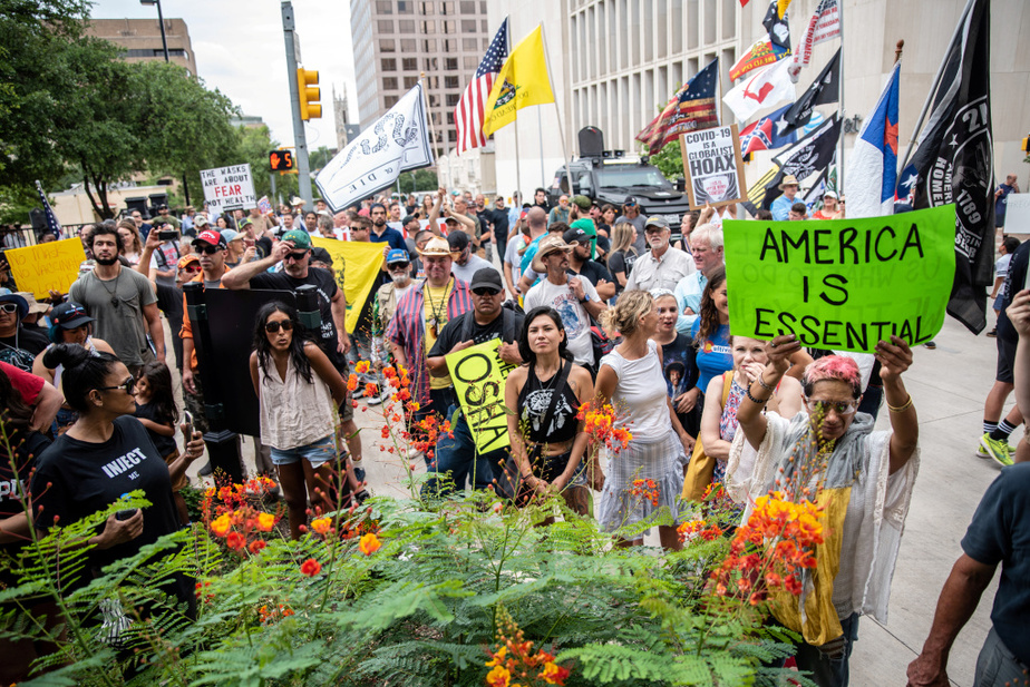 Environ 150personnes ont participé à la manifestation.