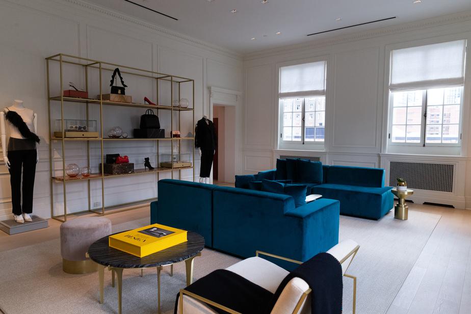 L'Appartement compte plusieurs pièces, pour accueillir clientèle, marques ou divers évènements.