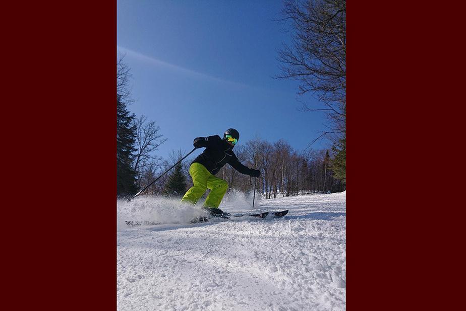 La fin de saison La photo d'Anne Gibeault a été prise au mont Olympia, à Piedmont, dans les Laurentides.«Ce jour-là, j'ai acheté une passe de fin de saison à 99$. Je me disais: c'est certain que ça va être rentable, on est juste le 13mars!»