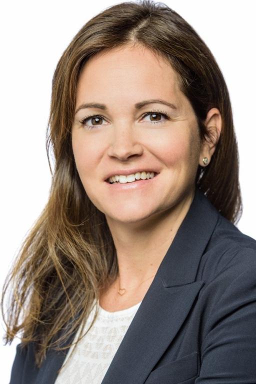 Isabelle Paquet, directrice principale, produits financiers, marchés financiers à la Banque Nationale du Canada, est finaliste pour le prix Étoile montante.