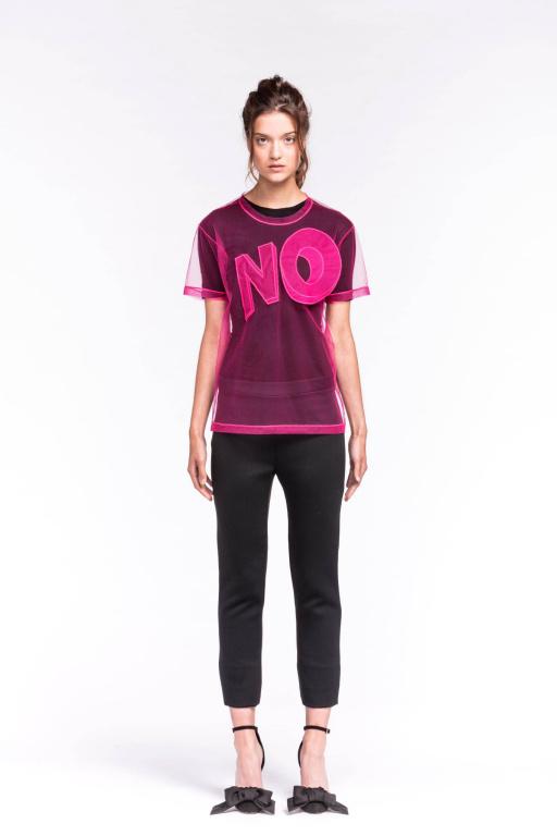 La collection «No» exprime le ras-le-bol des designers devant les impératifs de l'industrie de la mode.