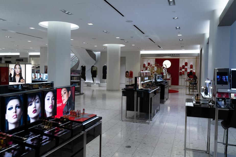 Le sous-sol est réservé à la beauté, avec les plus grandes marques internationales et de luxe.
