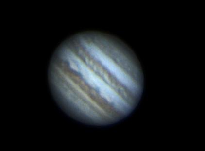 Image de Jupiter. À ceux qui seraient tentés de faire une remarque sur la netteté, rappelons que la planète se situe à plus de 600millions de kilomètres de leur foyer.