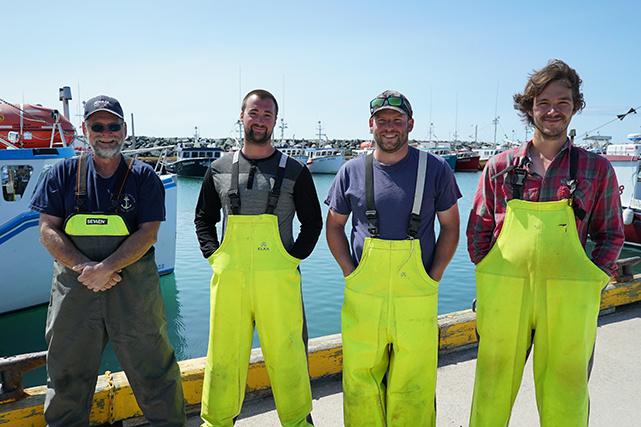 Les quatre pêcheurs de La course folle : Julien Boudreau, Dominic Éloquin, Maxime Poirier et Olivier Renaud.