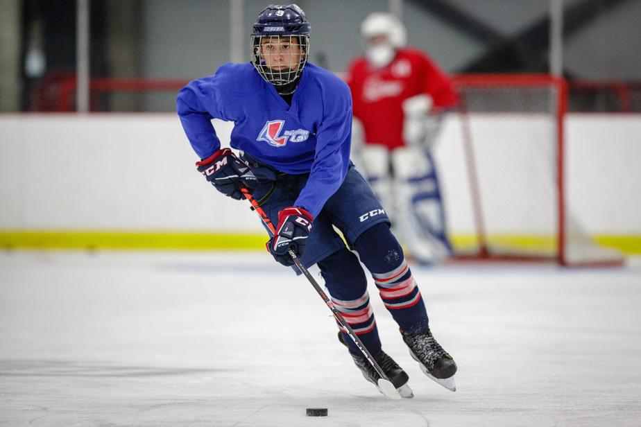 Pour éviter les blessures et repartir du bon pied, Éric Houde suggère aux jeunes joueurs d'effectuer un retour progressif.