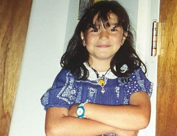 «Bad girl for life», a écrit Mariana Mazza en publiant cette photo d'elle plusjeune.