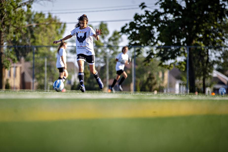 Confinement ou pas, tous les jeunes devraient travailler sur leur contrôle du ballon chaque jour.