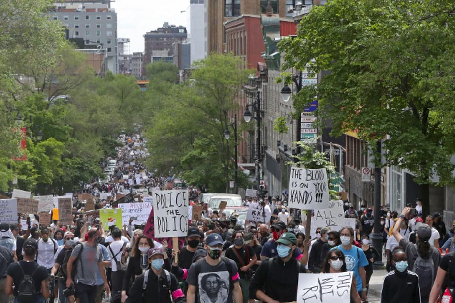 Les manifestants étaient plus de 10000, selon des estimations non officielles.