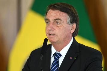 COVID-19 au Brésil Accablé par des sénateurs, Bolsonaro se dit «coupable de rien»