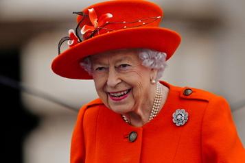 Absente de la COP26 À 95ans, la reine ÉlisabethII contrainte de ralentir