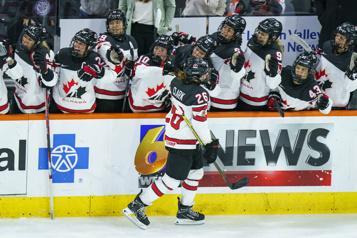 Matchs préparatoires en vue des JO de Pékin Les Canadiennes battent les Américaines3-1 au premier duel
