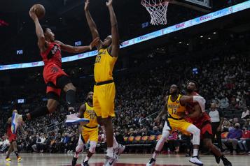 Les Raptors victorieux à domicile pour la première fois de la saison