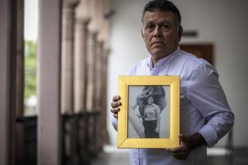 Le Mexique cherche ses bébés disparus pendant la «guerre sale»