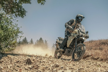 Moto  L'intelligente révision de la Kawasaki KLR650