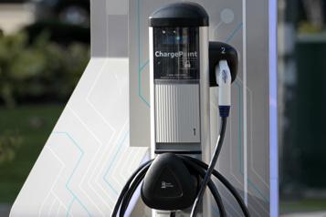 General Motors GM veut aider à déployer 40000 bornes de recharge en Amérique du Nord