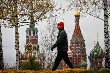 1159 morts en 24 heures Moscou ferme ses services non essentiels en pleine flambée de COVID-19