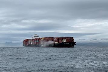 Matières dangereuses L'incendie à bord d'un cargo est maintenant maîtrisé