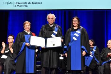 Trois doctorats honoris causa