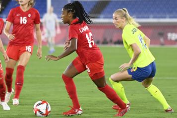 Mardi à Montréal Ashley Lawrence ratera les matchs du Canada contre la Nouvelle-Zélande