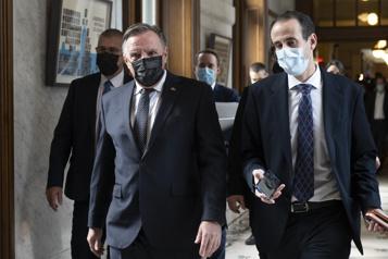 Le troisième lien suit FrançoisLegault vers la COP26