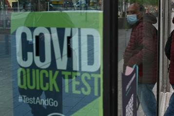 Flambée DE COVID-19  Londres dit non aux appels à rétablir des restrictions