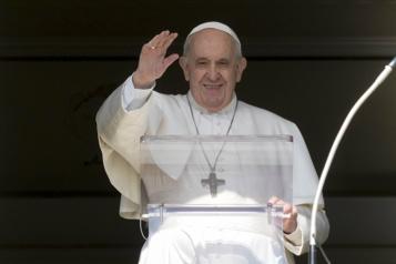 Pensionnats autochtones Le pape viendra au Canada