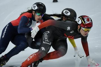 Patinage de vitesse courte piste Courtney Sarault remporte l'argent à Pékin