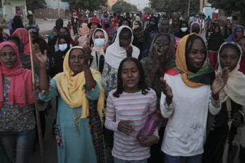 Les Soudanais toujours dans la rue après le coup d'État